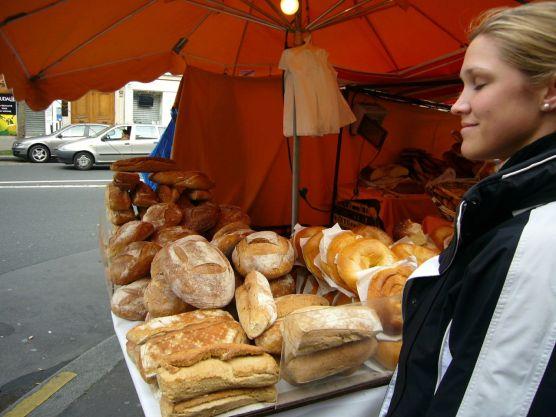 streetside vendoer