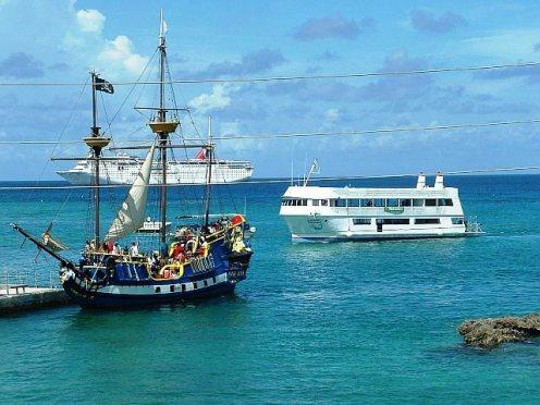 Pirate ship tours are a hot tourist trap