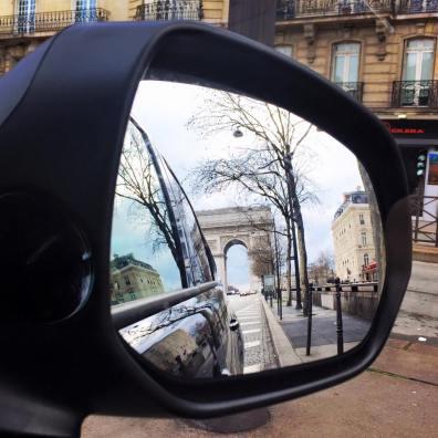 Arc de Triomphe on the Avenue des Champs-Élysées